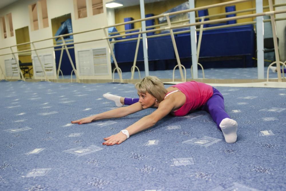Упражнения на растяжку для складки
