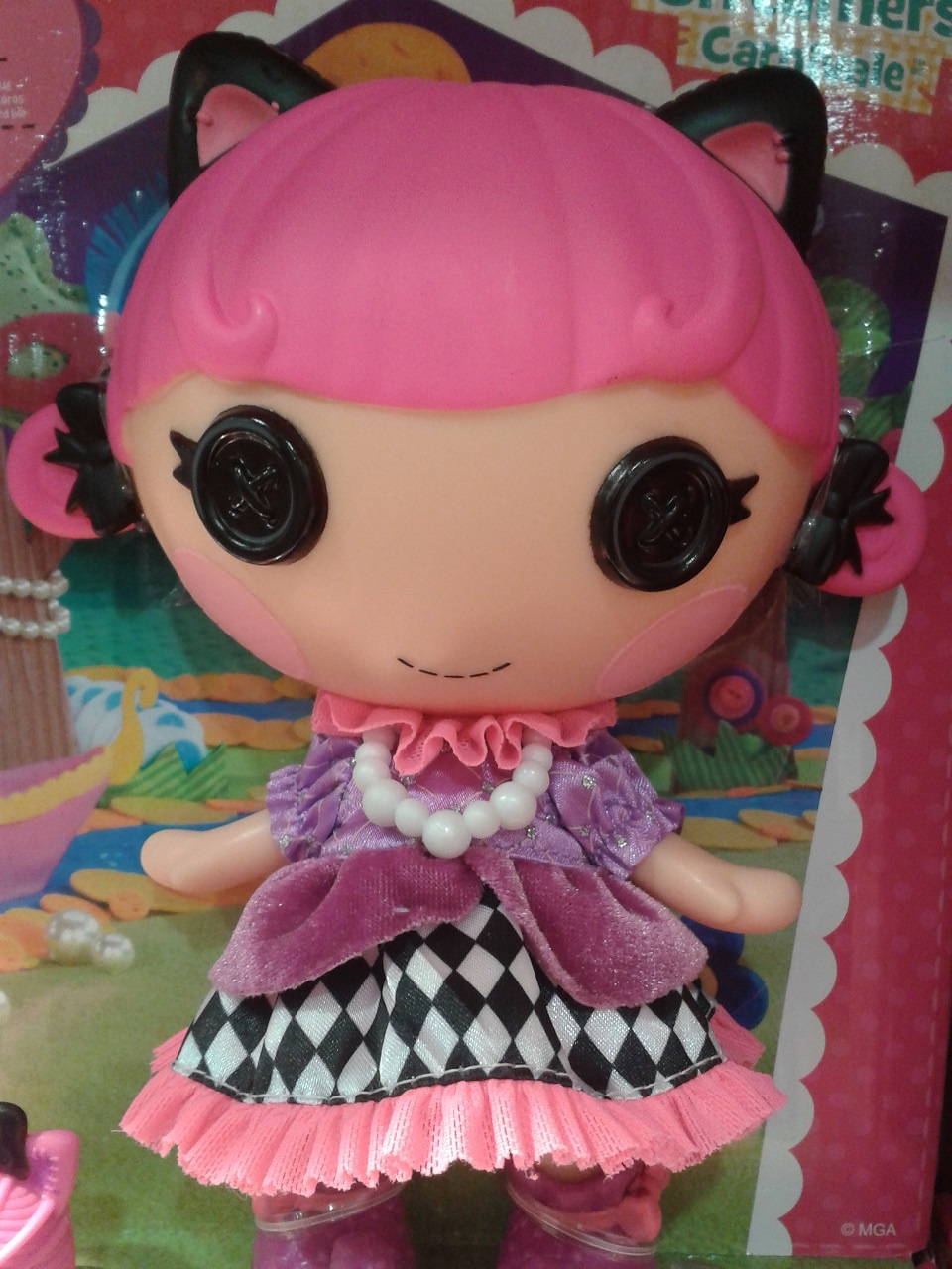 кукла с пуговками