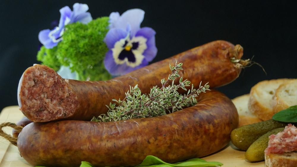 ищите колбасу без нитрита натрия