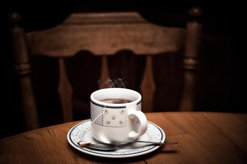простая чашка чая может доставить большую радость