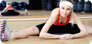 Упражнения для растяжки: как сесть на шпагат?